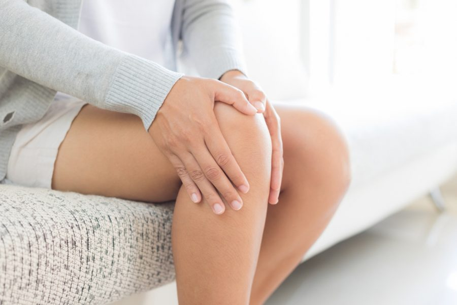 5 Ways To Manage Pain After  Knee Replacement